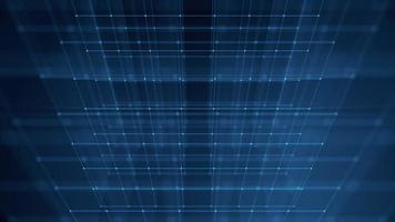 Cubo giratório azul 3 d com traços brilhantes girando sobre fundo escuro video