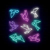 conjunto de paloma geométrica de neón colorido. palomas voladoras y pájaros de la paloma. vector