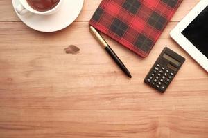 escritorio de madera moderno foto