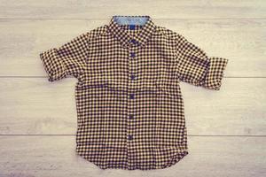 hermosa camisa de moda para hombres foto