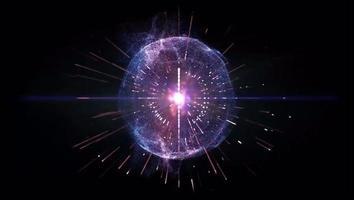 efeito de luz roxa girou em um círculo com fundo preto. video