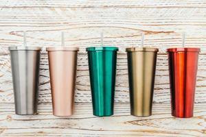 tazas de acero inoxidable foto