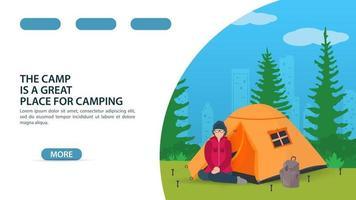 página para el diseño de un sitio web o aplicación móvil tema de campamento de verano niña sentada de rodillas frente a una carpa turística vector ilustración plana