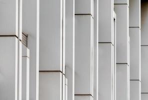 pared de azulejos grises foto