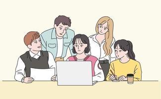 los jóvenes se reúnen alrededor del portátil para compartir sus opiniones. ilustraciones de diseño de vectores de estilo dibujado a mano.