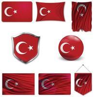 conjunto de la bandera nacional de turquía en diferentes diseños sobre un fondo blanco. ilustración vectorial realista. vector