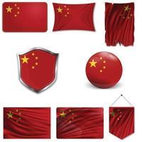 conjunto de la bandera nacional de china en diferentes diseños sobre un fondo blanco. ilustración vectorial realista. vector