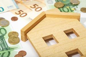 Fondo de concepto de dinero y bienes raíces foto