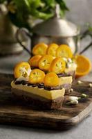 tarta casera de naranja y chocolate foto