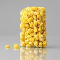 bloque de maíz congelado foto