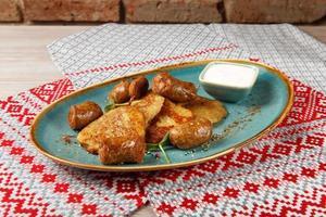 tortitas de patata rellenas de carne picada foto
