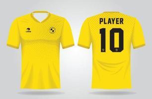 Plantilla de camiseta deportiva amarilla para uniformes de equipo y diseño de camiseta de fútbol. vector