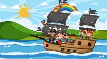 Escena del océano durante el día con niños piratas en el barco. vector