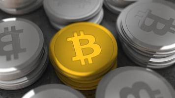 bitcoins de oro y plata de criptomonedas, concepto de finanzas foto