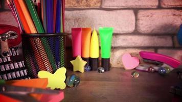 ferramentas coloridas de educação escolar video