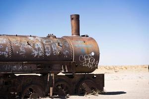Locomotora cerca de Uyuni en Bolivia foto