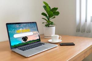 concepto de búsqueda de trabajo, encuentre su sitio web en línea de carrera foto