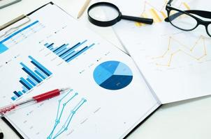 Business diagram and pen photo