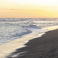 olas en la playa foto