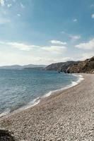 hermosa vista a la orilla del mar foto