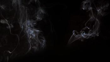 efecto humo sobre fondo negro foto