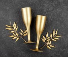 dos copas de champán de oro foto