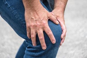 Hard knee pain photo