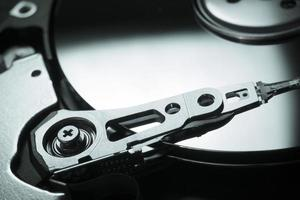 Cerrar imagen de un disco rotatorio HDD foto