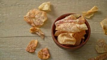 chips de taro crujientes - taro en rodajas frito o al horno video