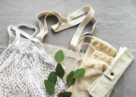 bolsa de malla y bolsas de algodón foto