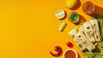 arreglo plano de los ingredientes de los tamales foto
