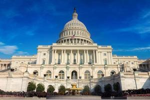 The United States pf America capitol building on a sunny day photo