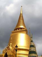 Templo de Wat Phra Kaew en Bangkok, Tailandia foto
