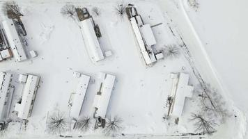mobil trailerutveckling flyover efter ett snöfall video