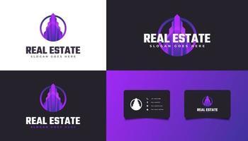 logotipo de bienes raíces moderno en degradado púrpura vector