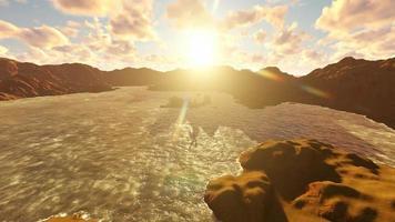 il tramonto sulla spiaggia video