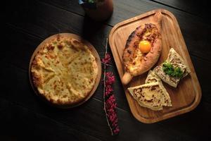 menú de catering de adrian khachaturian foto