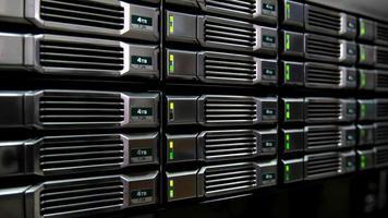 lagring och databas i serverrummet video