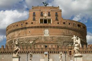 Castel santangelo en roma italia foto