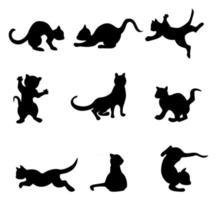 imagen vectorial de siluetas de gatos jugando vector