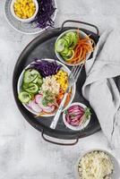 hermosa composición de comida deliciosa foto