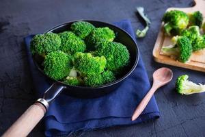 Cook fresh broccoli vegetables Health food photo