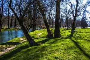 Las orillas del río brenta en piazzola sul brenta, Padua, Italia foto