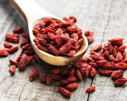 bayas rojas secas de goji para una dieta saludable foto