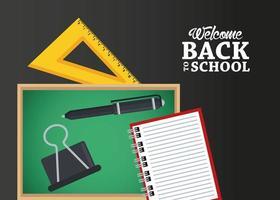 cartel de regreso a la escuela con pizarra y triángulo de reglas vector