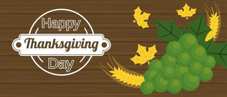 Cartel de feliz día de acción de gracias con picos y uvas en fondo de madera vector