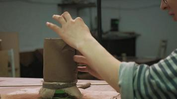 Crafting a Ceramic Brown Mug video