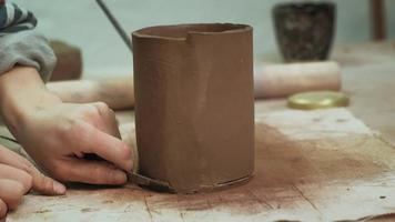 Sculpting a Clay Mug video