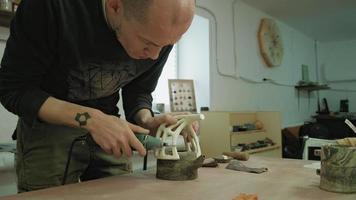 ceramic workshop making pottery video