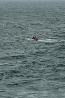 barco en el océano foto